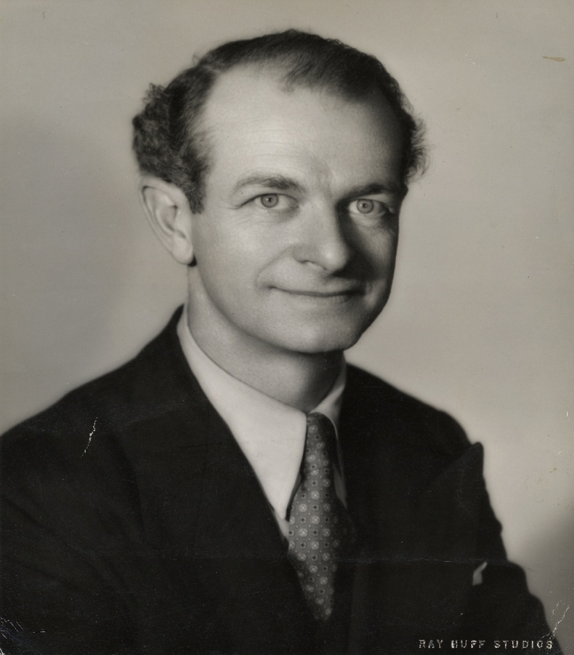 A portrait of Linus Pauling. Source: It's in the Blood! A Documentary History of Linus Pauling, Hemoglobin and Sickle Cell Anemia - Special Collections & Archives Research Center - Oregon State University. Retrieved from http://scarc.library.oregonstate.edu/coll/pauling/blood/pictures/1949i.3-large.html. Use by permission of: Special Collections & Archives Research Center at Oregon State University.